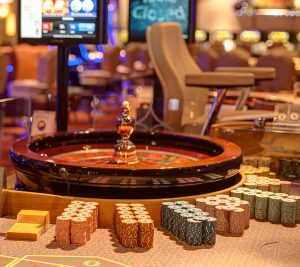 Hollywood casino free play online, Best poker players